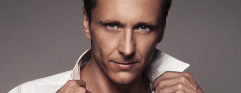 Ritchie Neville to sing at The Darley Park Concert 2015 Derby LIVE Aladdin Panto