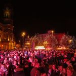 Christmas-Lights-Switch-on-20172.jpg